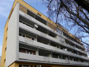 Apartment building energy efficiency